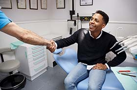 Animation of toothache pain with lightening strike